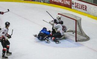 """СКАНДАЛ: 11-летние хоккеисты """"Вайперса"""" дисквалифицированы в Финляндии"""