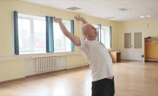 СПОРТИВНОЕ УТРО | Важные упражнения показывает 79-летний ветеран спорта. Двигайтесь вместе с ним!