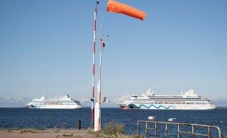 Kaks kruiisilaeva hulbivad juba nädal aega Tallinna lahel. Miks need siia jäänud on?