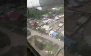 ВИДЕО | В Бурятии пассажирский самолет совершил жесткую посадку и загорелся: двое погибших, более 20 раненых