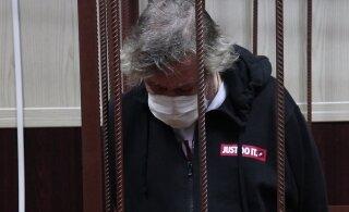 """Ефремов """"хочет сидеть в тюрьме"""""""