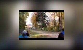 VIDEO | Eesti noor rallilootus sõitis Soomes vastu puud ja viidi haiglasse