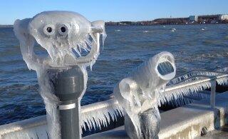 FOTOD | Jäätunud merevesi kujundas Reidi teele kaunid jääskulptuurid