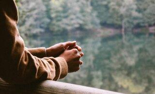 Kolm levinud sõna, mida inimesed iga päev kasutavad ja need hävitavad vaikselt meie enesehinnangut