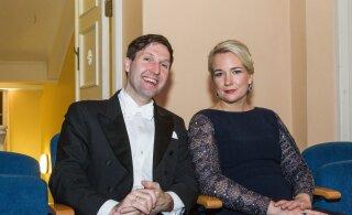 Kes on EKRE uue juhi Martin Helme abikaasa Eeva? Sõnakas naine, kes ei pelga ka vastasleeri eest seista