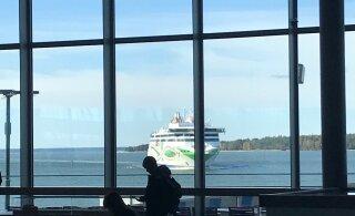 ФОТО: Долгожданный утренний паром опоздал в Хельсинки