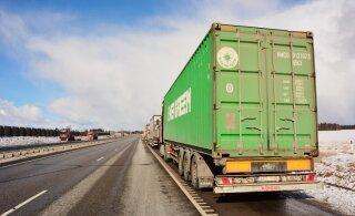 Kaubaveod maanteedel vähenesid ligi kolmandiku