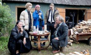 FOTOD JA VIDEO | Filmisuvi käib täistuuridel! Harjumaal jätkusid Eesti staaridest kubiseva legendaarse kodumaise mängufilmi võtted