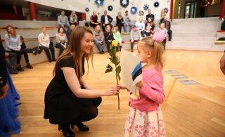 ФОТО | Смотрите, как вручали в Йыхви свидетельства о получении гражданства Эстонии