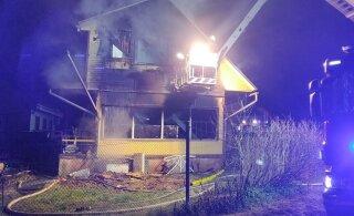 ФОТО: В страшном пожаре в Тарту погибла семья из пяти человек: отец, мать и трое детей