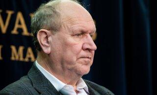 Глава МВД: украинцы и их работодатели должны ответить за нарушение режима самоизоляции