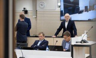 ФОТО: Обвиняемые в руководстве преступной группировкой предприниматели предстали перед судом