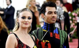 Kuidas nii? Näitleja Sophie Turneri ja Joe Jonase suhe lõppes päev enne abiellumist