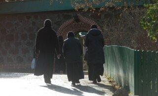 Два новых случая коронавируса: болезнь привезли из России монахини Пюхтицкого монастыря