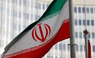 Иран снимает с себя часть обязательств по ядерной сделке