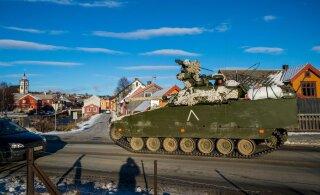 Rootsi õppusel hukkus naissõdur, kellest sõitis üle jalaväe lahingumasin