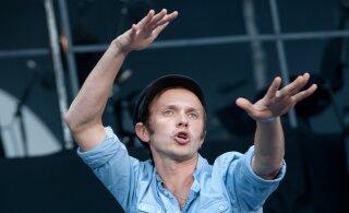FOTOD | Keskeakriis? Brainstormi laulja Renārs Kaupers üllatab julge stiilimuutusega