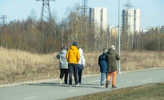 Патрули Спасательного департамента: правила режима ЧС чаще всего нарушают молодежь и пожилые люди