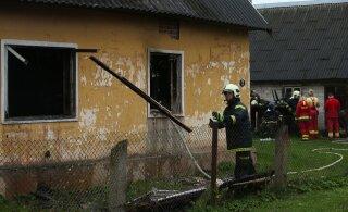 FOTOD | Luunja elumaja tulekahjus hukkus üks inimene