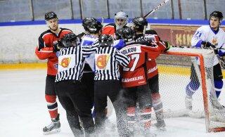 """СЕГОДНЯ: Смогут ли нарвские хоккеисты обыграть обескровленный """"Викинг""""?"""