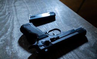 Известный инструктор, в которого стреляла жена, идет на поправку