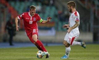 Serbia koondise jalgpallur pidi USA klubist lahkuma, sest tema naine ründas sotsiaalmeedias protestijaid