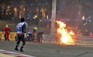 BLOGI | Dramaatiline Bahreini GP algas Grosjeani uskumatu pääsemisega ja lõppes turvaauto taga