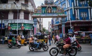 Индия вышла на третье место в мире по числу заболевших COVID-19