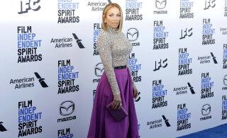 KUUMAD KAADRID | Seksikad kehakumerused: Jennifer Lopez teeb silmad ette isegi endast poole noorematele