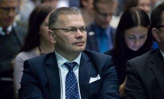 Mart Järviku pahameele alla jäänud kantsler Illar Lemetti lubab oma vallandamise kohtus vaidlustada