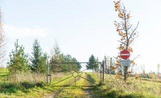 Kuidas pääseda oma kinnistult avalikule teele, kui naaber tee sulgeb?
