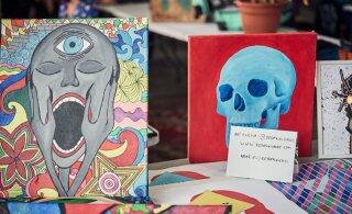 FOTOD | Sveta baaris pandi püsti Tallinna biennaali kunstiturg