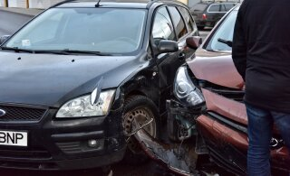 Страховая фирма назвала основную причину ДТП на эстонских дорогах