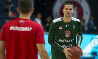 Mantas Kalnietis jätkab karjääri Venemaa tippklubis