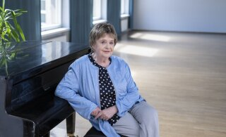 """Известная эстонская писательница Леэло Тунгал получила награду за трилогию """"Товарищ ребенок"""""""