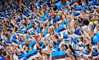 За последний год в Эстонии стало меньше русских, зато выросло число эстонцев — и украинцев