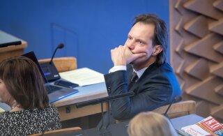 Indrek Saar reaktsioonidest Kallase ähvardamisele: olukord valitsuses on skisofreeniline
