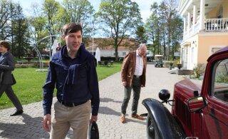 FOTOD | Valitsus kogunes Vihula mõisa eelarvestrateegia üle arutlema