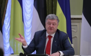 Порошенко объявил о декоммунизации Украины