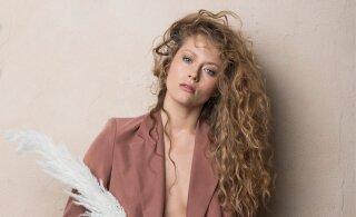 Näitlejanna Henessi Schmidt jagab kahte olulist armastuse õppetundi, mis on hea suhte aluseks