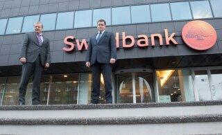 Swedbanki rahapesuasjas veereb süü Eesti juhtide kaela