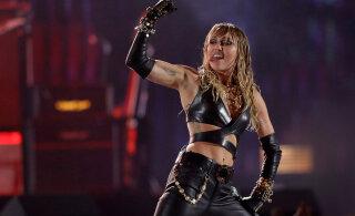 Miley Cyrus astus armuelus juba järgmise sammu: tema ja Kaitlynn veetsid kõik päevad koos