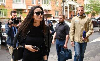 Жена футболиста Мамаева отдала 75 тысяч рублей мошенникам