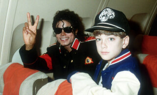 Наследники Майкла Джексона возмущены премией фильму о певце-педофиле