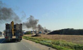 ФОТО И ВИДЕО | В Лагеди горит автомастерская