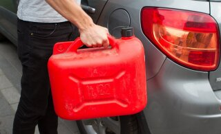 В Нарве орудуют бензиновые воришки: полиция ищет пострадавших