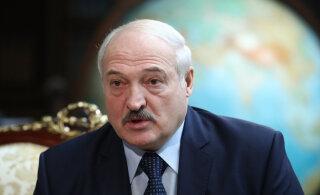 Лукашенко заявил, что не будет президентом после принятия новой Конституции