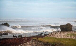 Шторм Айла на подходе: в Ботническом заливе скорость ветра уже достигает 28 м/с, высота волны — 7 м!