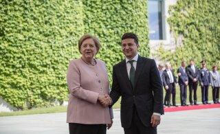 Зеленский и Меркель встретились в Берлине: канцлер Германии на грани обморока, президент Украины ни при чем