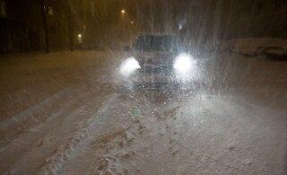Homme on autoliiklusele väga ebasoodne ilm: teedele tekib kiilasjää ja nähtavus on halb